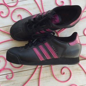 Adidas Samoa women's 10 🍭